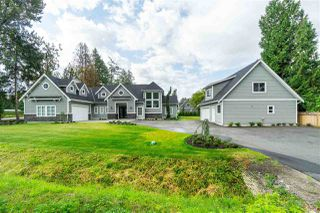 Main Photo: 24774 ROBERTSON Crescent in Langley: Salmon River House for sale : MLS®# R2395493