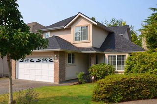 Main Photo: 2267 140A Street in Surrey: Sunnyside Park Surrey House for sale (South Surrey White Rock)  : MLS®# R2397371