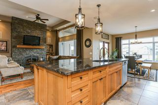 Photo 5: 404 Linksview Crescent: Rural Strathcona County House for sale : MLS®# E4172375