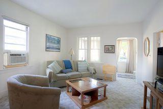 Photo 3: 64 Inman Avenue in Winnipeg: St Vital Single Family Detached for sale (2D)  : MLS®# 1926807