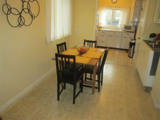 Photo 2: 11338 69 Street in Edmonton: Zone 09 House for sale : MLS®# E4178203