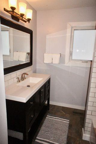 Photo 13: 51 MENLO Crescent: Sherwood Park House for sale : MLS®# E4182956