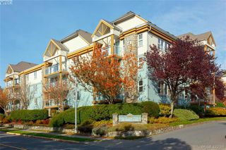 Photo 1: 409 494 Marsett Place in VICTORIA: SW Royal Oak Condo Apartment for sale (Saanich West)  : MLS®# 420086