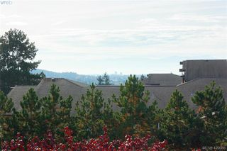 Photo 3: 409 494 Marsett Place in VICTORIA: SW Royal Oak Condo Apartment for sale (Saanich West)  : MLS®# 420086