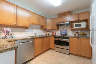 Photo 8: 30 5605 HAMPTON Place in Vancouver: University VW Townhouse for sale (Vancouver West)  : MLS®# R2429970