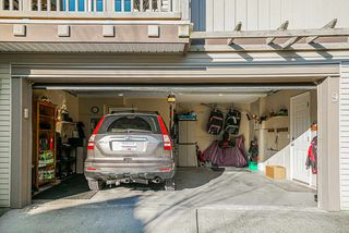 """Photo 17: 9 6238 192 Street in Surrey: Cloverdale BC Townhouse for sale in """"Bakerview Terrace"""" (Cloverdale)  : MLS®# R2442688"""