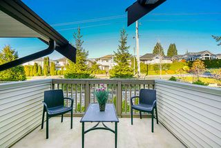 """Photo 14: 9 6238 192 Street in Surrey: Cloverdale BC Townhouse for sale in """"Bakerview Terrace"""" (Cloverdale)  : MLS®# R2442688"""