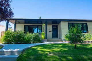 Photo 2: 10644 79 Street in Edmonton: Zone 19 House for sale : MLS®# E4208023