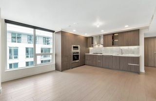 """Photo 3: 912 455 SW MARINE Drive in Vancouver: Marpole Condo for sale in """"W1"""" (Vancouver West)  : MLS®# R2486188"""