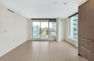 """Photo 5: 912 455 SW MARINE Drive in Vancouver: Marpole Condo for sale in """"W1"""" (Vancouver West)  : MLS®# R2486188"""