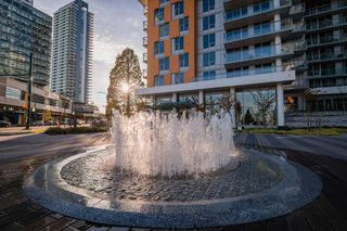 """Photo 18: 912 455 SW MARINE Drive in Vancouver: Marpole Condo for sale in """"W1"""" (Vancouver West)  : MLS®# R2486188"""