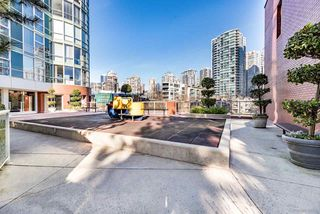 Photo 20: 505 193 AQUARIUS Mews in Vancouver: Yaletown Condo for sale (Vancouver West)  : MLS®# R2510156