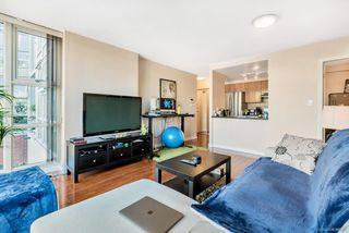Photo 7: 505 193 AQUARIUS Mews in Vancouver: Yaletown Condo for sale (Vancouver West)  : MLS®# R2510156