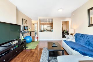 Photo 3: 505 193 AQUARIUS Mews in Vancouver: Yaletown Condo for sale (Vancouver West)  : MLS®# R2510156