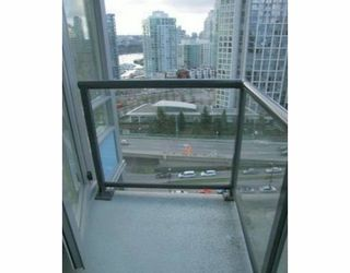 """Photo 7: 2110 939 EXPO Street in Vancouver: Downtown VW Condo for sale in """"THE MAX 2"""" (Vancouver West)  : MLS®# V636300"""