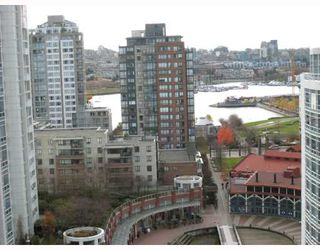 "Main Photo: 1808 198 AQUARIUS MEWS BB in Vancouver: False Creek North Condo for sale in ""AQUARIUS II"" (Vancouver West)  : MLS®# V677443"