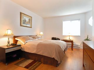Photo 7: 5 12915 16 Avenue in Surrey: Crescent Bch Ocean Pk. Townhouse for sale (South Surrey White Rock)  : MLS®# F2815551