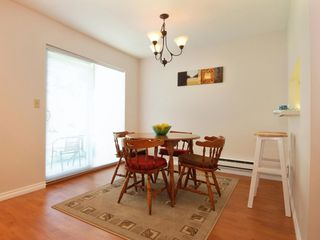 Photo 5: 5 12915 16 Avenue in Surrey: Crescent Bch Ocean Pk. Townhouse for sale (South Surrey White Rock)  : MLS®# F2815551