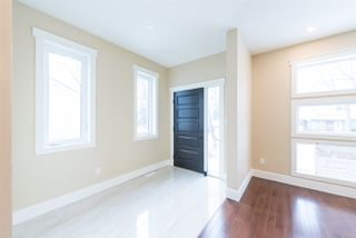 Photo 2: 11329 64 Street in Edmonton: Zone 09 House for sale : MLS®# E4165823
