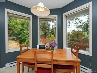 Photo 10: 38 Fenton Road in VICTORIA: VR View Royal Single Family Detached for sale (View Royal)  : MLS®# 415690