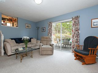 Photo 16: 38 Fenton Road in VICTORIA: VR View Royal Single Family Detached for sale (View Royal)  : MLS®# 415690