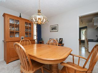 Photo 7: 38 Fenton Road in VICTORIA: VR View Royal Single Family Detached for sale (View Royal)  : MLS®# 415690