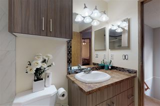 Photo 19: 2317 39 Avenue in Edmonton: Zone 30 House for sale : MLS®# E4173376