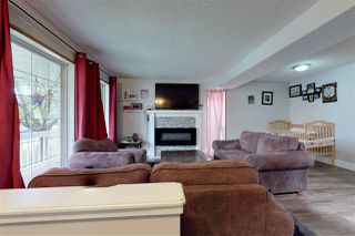 Photo 7: 2317 39 Avenue in Edmonton: Zone 30 House for sale : MLS®# E4173376