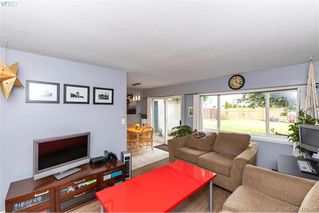 Main Photo: A 3197 Glen Lake Road in VICTORIA: La Glen Lake Half Duplex for sale (Langford)  : MLS®# 416580