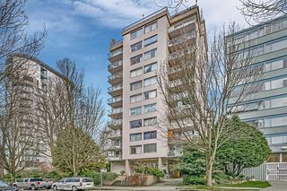 "Photo 1: 403 1219 HARWOOD Street in Vancouver: West End VW Condo for sale in ""The Chelsea"" (Vancouver West)  : MLS®# R2438842"