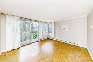 "Photo 3: 403 1219 HARWOOD Street in Vancouver: West End VW Condo for sale in ""The Chelsea"" (Vancouver West)  : MLS®# R2438842"