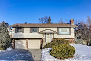 Photo 1: 6135 TOUCHWOOD Drive NW in Calgary: Thorncliffe Detached for sale : MLS®# C4291668