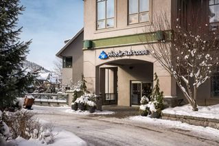 Photo 1: 513 4295 BLACKCOMB WAY in Whistler: Whistler Village Condo for sale : MLS®# R2420415