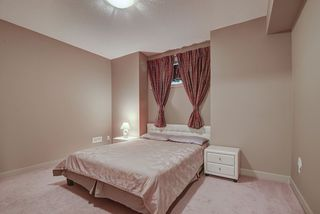 Photo 35: 925 ARMITAGE Court in Edmonton: Zone 56 House for sale : MLS®# E4199336