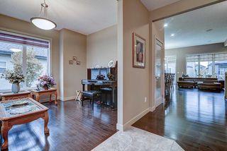 Photo 5: 925 ARMITAGE Court in Edmonton: Zone 56 House for sale : MLS®# E4199336