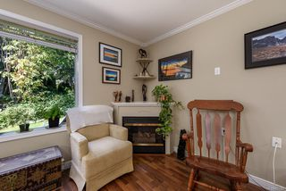 Photo 3: 5 2355 Valley View Dr in : CV Courtenay East Row/Townhouse for sale (Comox Valley)  : MLS®# 851159