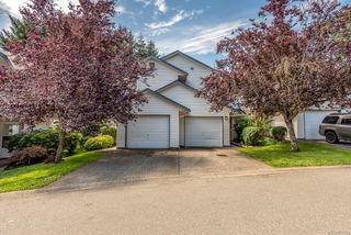 Photo 1: 5 2355 Valley View Dr in : CV Courtenay East Row/Townhouse for sale (Comox Valley)  : MLS®# 851159