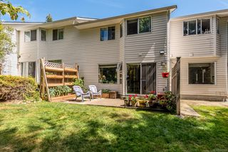 Photo 10: 5 2355 Valley View Dr in : CV Courtenay East Row/Townhouse for sale (Comox Valley)  : MLS®# 851159