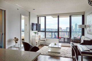 """Main Photo: 2008 977 MAINLAND Street in Vancouver: Yaletown Condo for sale in """"YALETOWN PARK 3"""" (Vancouver West)  : MLS®# R2489332"""