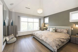 Photo 15: 290 E 21ST AVENUE in Vancouver: Main House for sale (Vancouver East)  : MLS®# R2504293
