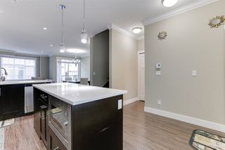 """Photo 3: 138 13670 62 Avenue in Surrey: Sullivan Station Townhouse for sale in """"Panorama 62"""" : MLS®# R2527872"""