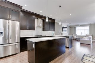 """Photo 2: 138 13670 62 Avenue in Surrey: Sullivan Station Townhouse for sale in """"Panorama 62"""" : MLS®# R2527872"""