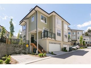 """Photo 1: 138 13670 62 Avenue in Surrey: Sullivan Station Townhouse for sale in """"Panorama 62"""" : MLS®# R2527872"""