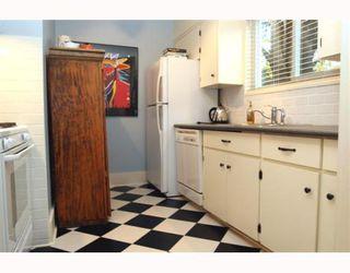 """Photo 5: 1722 BRAID Road in Tsawwassen: Beach Grove House for sale in """"Beach Grove"""" : MLS®# V797018"""