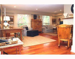 """Photo 2: 1722 BRAID Road in Tsawwassen: Beach Grove House for sale in """"Beach Grove"""" : MLS®# V797018"""