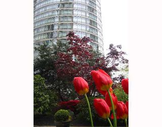 """Photo 1: 1605 1288 ALBERNI Street in Vancouver: West End VW Condo for sale in """"THE PALISADES"""" (Vancouver West)  : MLS®# V645039"""
