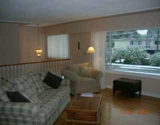 """Photo 2: 1492 E 27TH Street in North Vancouver: Westlynn House for sale in """"WESTLYNN"""" : MLS®# V625974"""