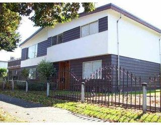 Photo 1: 3008 east 45 th ave in vancouver: House for sale : MLS®# V753387
