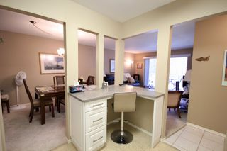 """Photo 5: 209 1459 BLACKWOOD Street: White Rock Condo for sale in """"CHARTWELL"""" (South Surrey White Rock)  : MLS®# R2397945"""