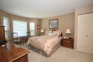 """Photo 11: 209 1459 BLACKWOOD Street: White Rock Condo for sale in """"CHARTWELL"""" (South Surrey White Rock)  : MLS®# R2397945"""